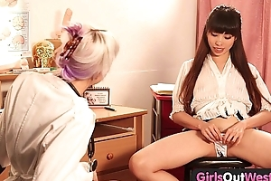 Angels Extensively West - Hot lesbian gynecologist receives fisted