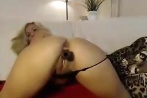 Unfamiliar Hot Blonde Copulates Herself exceeding Cam!