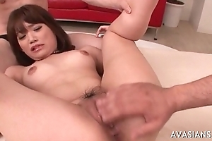 Asian whore receives her penny-pinching ass fingered