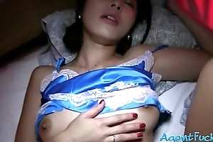 Petite mediocre Oriental stunner Marcia sucks increased by pounded of money