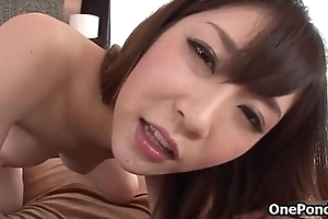 Dick engulfing Japanese babe can't live without rubbing