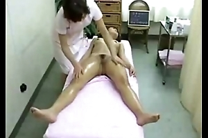 Oriental Babe in Spa Got Massaged and Fingered