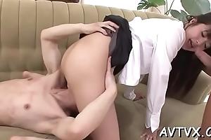 Dude is having wild amusement fingering japanese chick'_s vagina