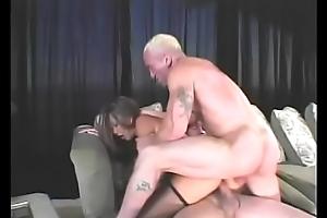Oriental floozy Keeani Lei fucks two dicks