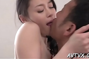 Down in the mouth oriental sweetheart mesmerizes with superb enunciated stimulation