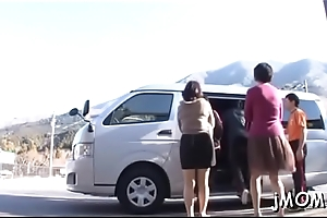 Surprising older widens her legs and gets pussy fingered