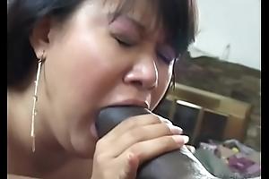 Slut nigh Victorian kitty is having deep penetration