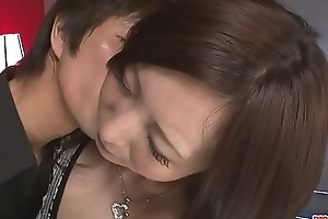 Shove around Ayami Gets Help With Some Sex-aids - More at Pissjp.com