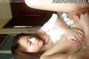 Beautiful Hairless Bird Ziwei Maligning Video