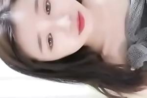 chinese neonate 萝莉菲菲 dildoing