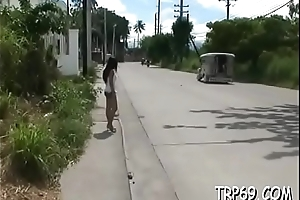 Honey undresses and gets crushed