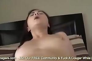 18yo Oriental Kita Zen Gets Up On Her Knees &amp_ Sucks Flannel