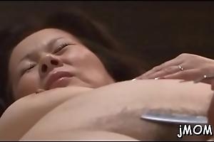 Sexy babe sucks unending weenie