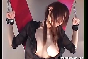 Japanese Geisha in Hardcore S&m