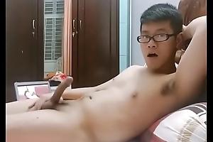 Về Việt Nam chơi :))