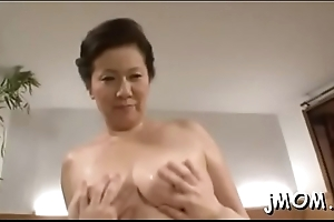 Sexy playgirl teaches lover
