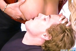Brazzers school up monumental tits and ass rides pupil on the brush desk
