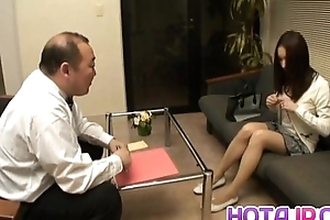Nozomi Mashiro Oriental explicit receives pussy spread together with masturbated helter-skelter close up
