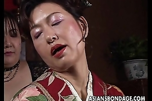 Oriental mature bitch has a rope occasion involving endure