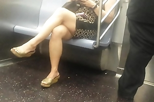 Juicy Oriental Legs beyond everything train
