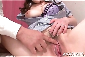 Grown up asian teacher gets her puristic pussy lick